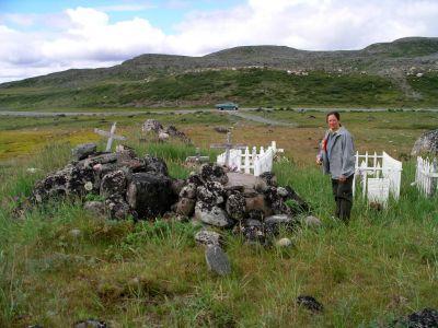 Tasiujaq cemetery
